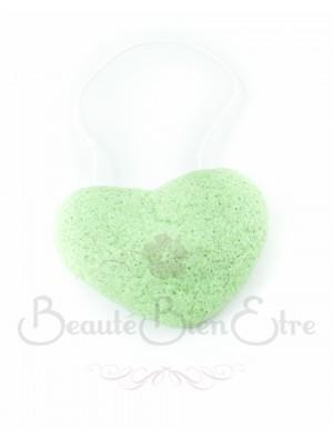 acheter ponge konjac coeur 100 naturelle du japon au th vert pour nettoyer en douceur le. Black Bedroom Furniture Sets. Home Design Ideas