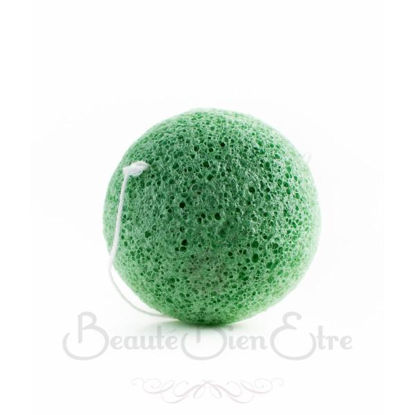 acheter ponge konjac 100 naturelle du japon au th vert pour nettoyer en douceur le visage. Black Bedroom Furniture Sets. Home Design Ideas